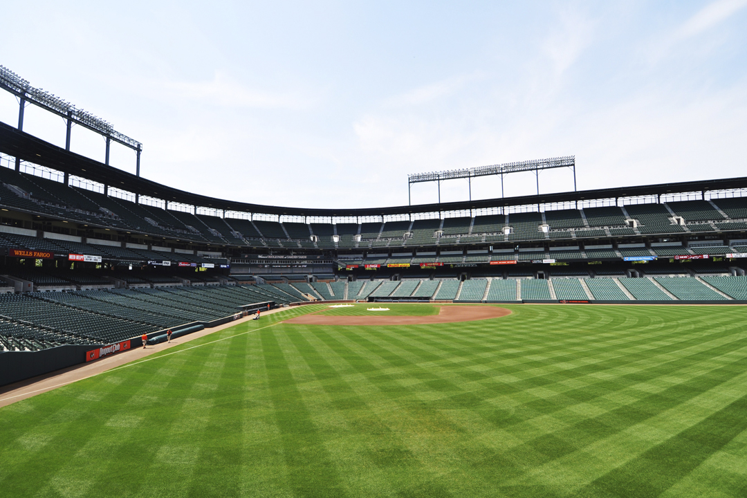 watch the orioles at turps sports bar and restaurant baltimore